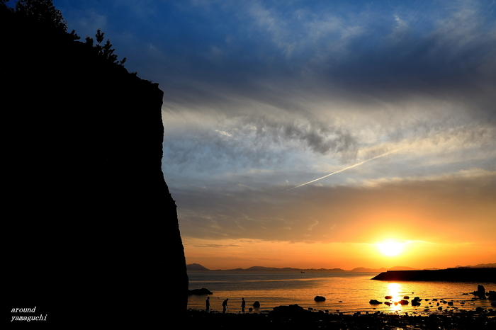 くぐり岩03.jpg